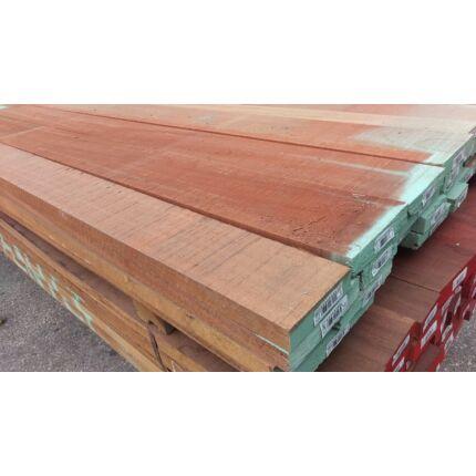 Makore fa fűrészáru 26 mm OF. 1800 mm feletti szárított szélezett Makoré