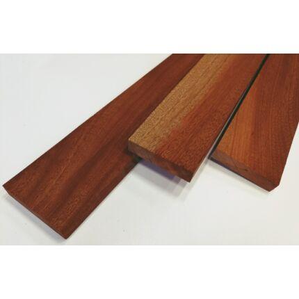 Sapelli mahagóni fűrészáru hobby fa 20x96x600-750 mm