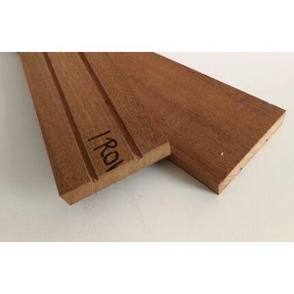 Iroko fa fűrészáru hobbyfa 15x85x440 mm