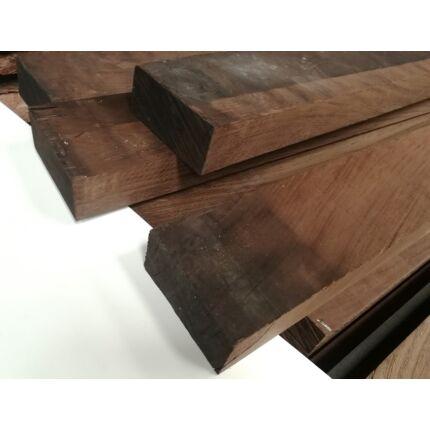 Wenge fa fűrészáru 65x 80x3700 mm OF. szélezett szárított kb 17 kg/db