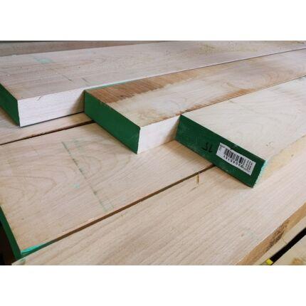 Gyalult gőzölt bükkfa fűrészáru 48 mm  2600 mm OF szárított gyalult változó szélességgel