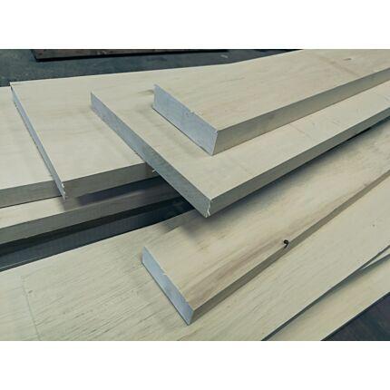 Gyertyánfa fűrészáru hobbifa 22-24x150-250x500-700 mm