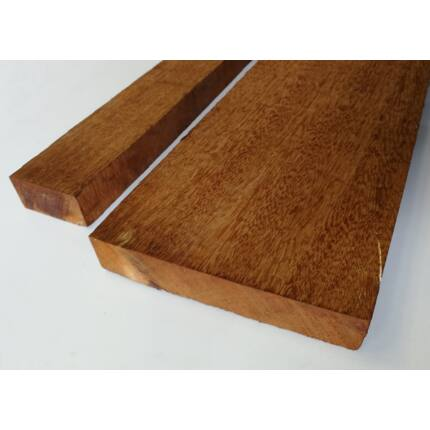 Doussie fa fűrészáru hobbyfa 38 mm OF.  1000 m alatt AFZELIA szélezett szárított