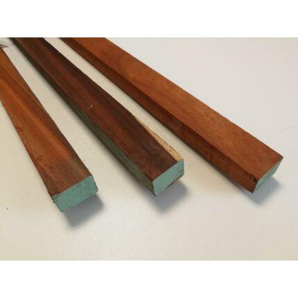 Padauk fa fűrészáru hobby fa 20-30x30x1100-1200 mm léc