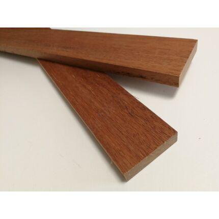 Merbau fa fűrészáru hobbyfa 18x 65x600 mm