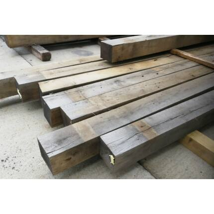 Tölgyfa gerenda 150x150x3100 mm  kb. 55 Kg/db