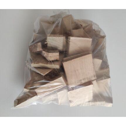 Faapríték faszelet Akácfa 0,7 kg / csomag grill BBQ füstöléshez
