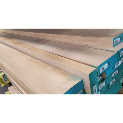 Gyalult gőzölt bükkfa fűrészáru 48 mm  2050 mm OF szárított deszka változó szélességgel