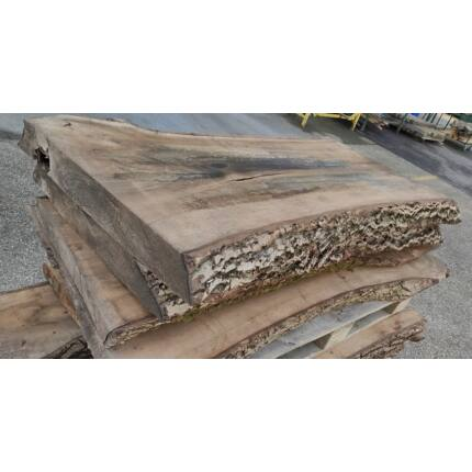Diófa fűrészáru  100x570x1500 mm  diófa asztallap kb. 69 kg