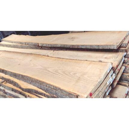 Cseresznyefa fűrészáru 26 mm 1. oszt. 2000 mm felett szárított