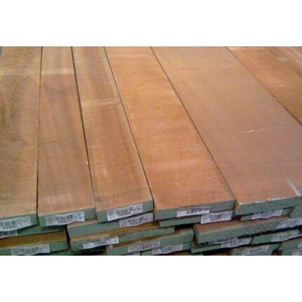 Sapelli mahagóni fűrészáru hobby fa 26 mm OF. 1300 mm alatti szárított szélezett