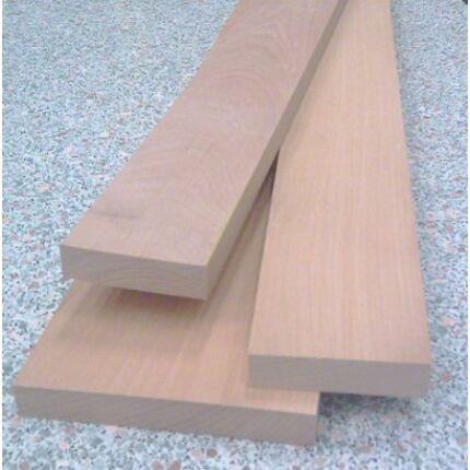 Gőzölt bükkfa fűrészáru 27 mm OF. 1,2 m hosszú SZÉLEZETT szárított